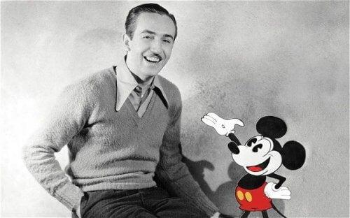 başarılı insan Walt Disney gülümsüyor