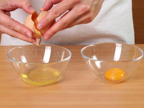 yumurtanın beyazını ayırmak