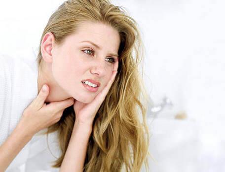 Boğaz Ağrısı için 5 Ev Tedavisi