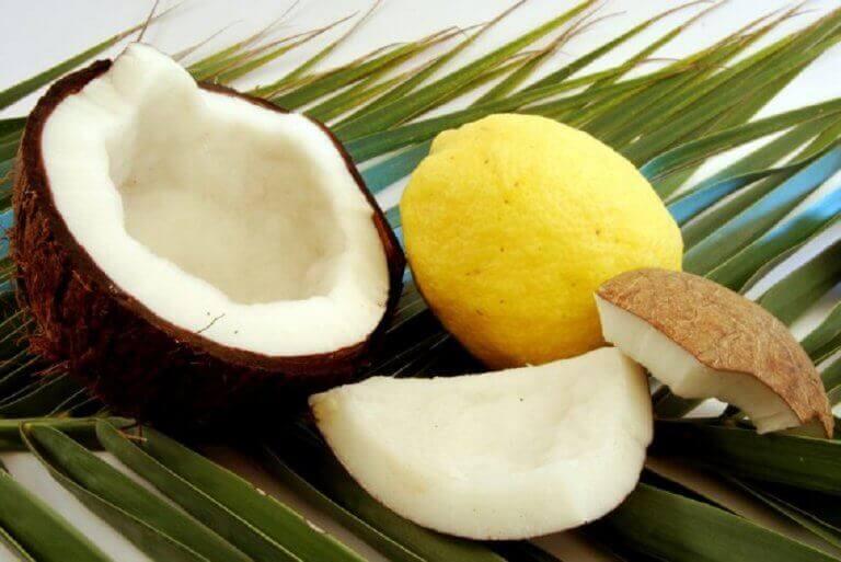 hindistan cevizi ve limon
