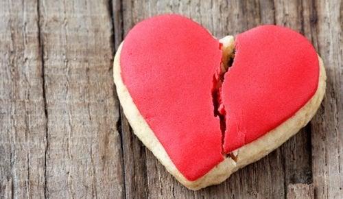 """""""Kırık Kalp Sendromu"""" Hakkında 5 Önemli Şey"""