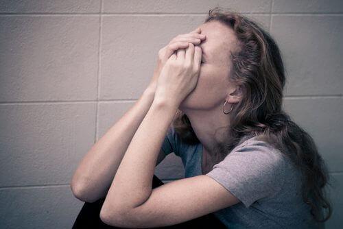 Psikolojik İstismar: Gözle Görülmeyen 7 Etkisi