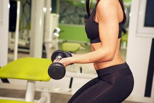 Egzersiz: Daha Fazla Ağırlık Mı, Daha Fazla Tekrar Mı?