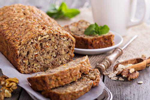 Yulaf, Ceviz Ve Muzdan Oluşan Bu Laktozsuz Ve Glutensiz Ekmeği Deneyin