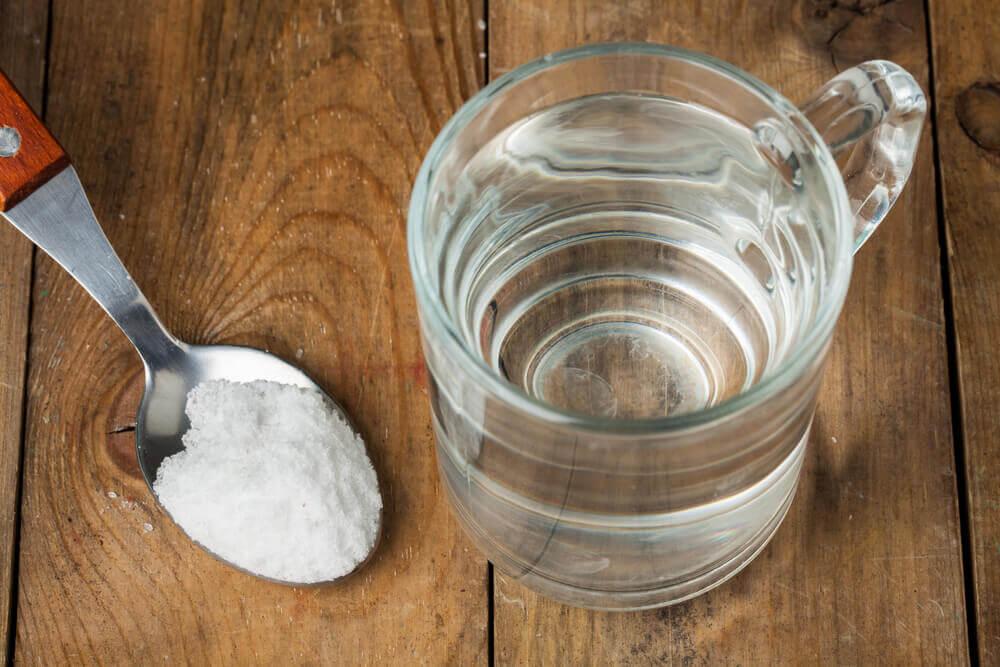 tuzlu suyla sinüslerinizi temizlemek