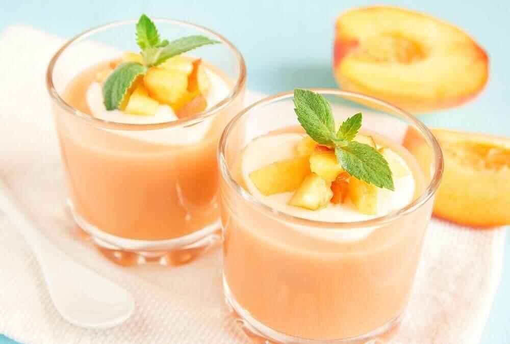 şeftalili smoothie