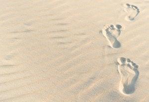 kumsalda ayak izi