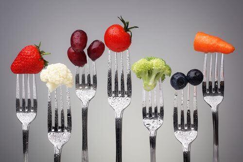 çeşitli meyve ve sebze
