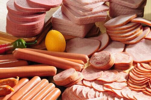 aktif mesane sorununa yol açan yiyecekler