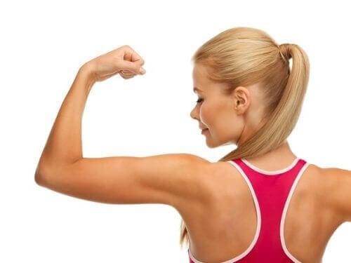 Kollarınızı Sıkılaştıracak 3 Etkili Egzersiz Rutini