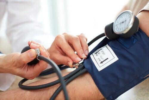 kan basıncı ölçen alet