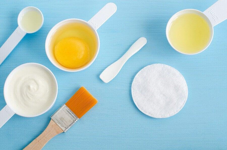 yumurta, yoğurt, zeytinyağı ve limon