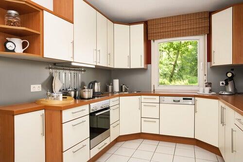u şeklinde küçük mutfaklar