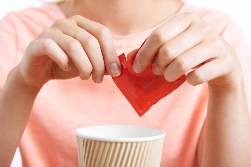 çaya şeker atmak