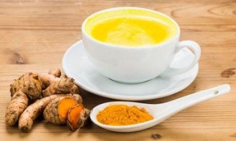 zerdeçal ve süt ile artrit ağrısı tedavisi