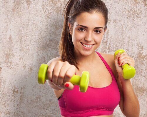 4 Haftada Vücudunuzu Şekillendirecek 7 Egzersiz
