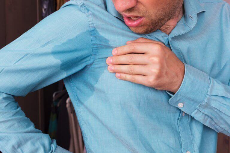 Kıyafetlerdeki Ter Lekeleri İle Mücadele İçin 5 Yöntem