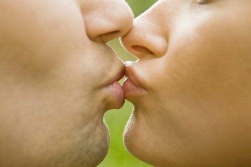 öpüşme