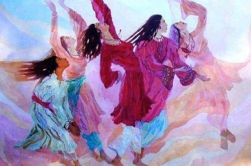 dans eden kadınlar
