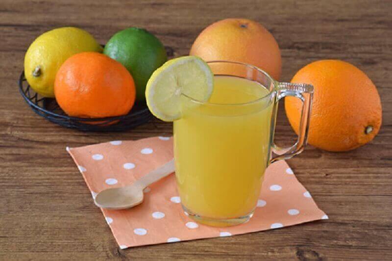 karnı inceltmeye yardımcı limon suyu