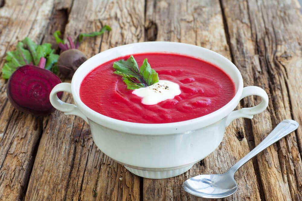 kırmızı çorba