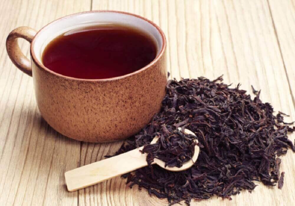bir fincan siyah çay