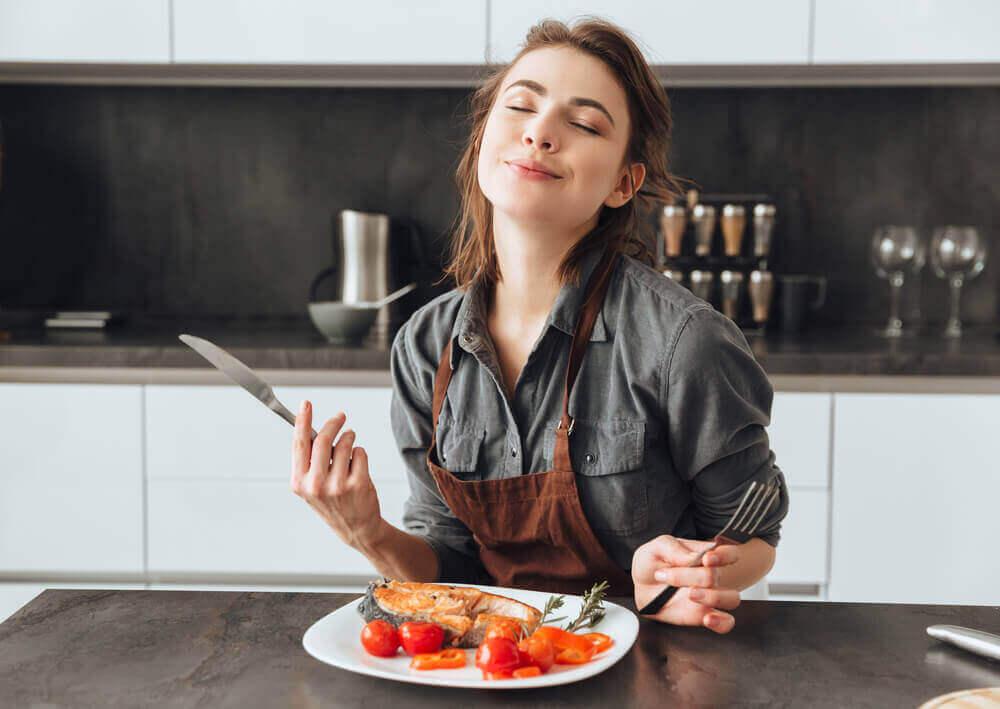 Sürekli Aç Hissetmenize Neden Olan 10 Şey