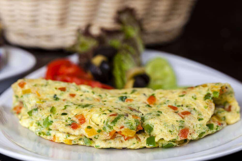 pazar akşamı için doyurucu akşam yemeği omlet