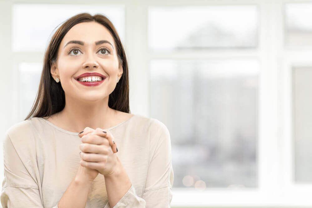 beklenti içindeki kadın