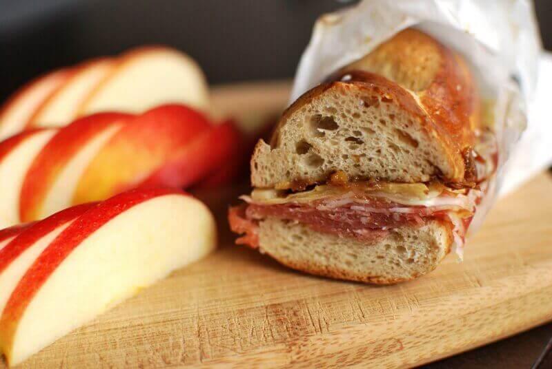sandviç ve elma