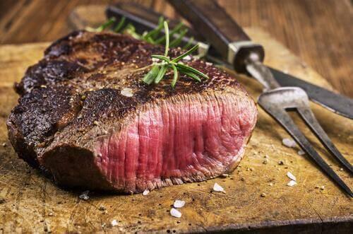 marine edilmiş biftek
