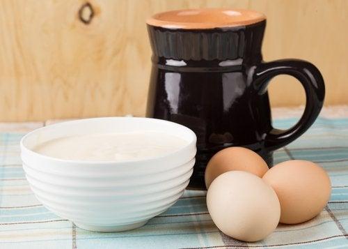 yumurta ve yoğurt