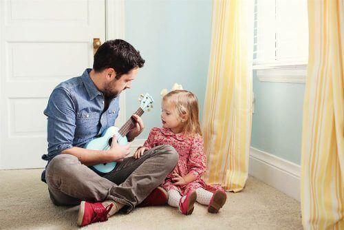 Güçlü Bir Kadın Yetiştirmek İçin Bir Babanın Yapması Gereken 8 Şey