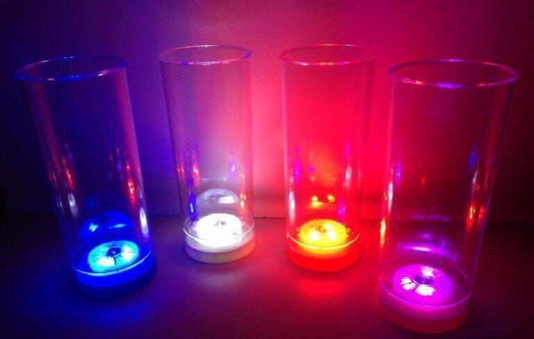 renkli ışıklı mumlar