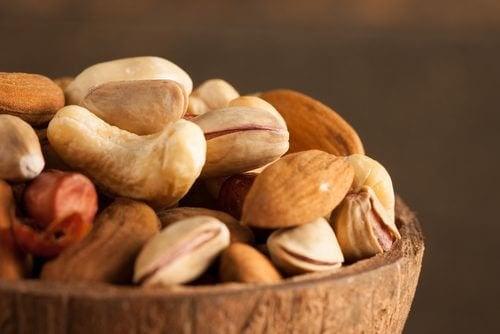 Kabuklu Yemişleri ve Tohumları Neden Islatmalıyız?