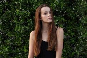 uzun saçlı kadın