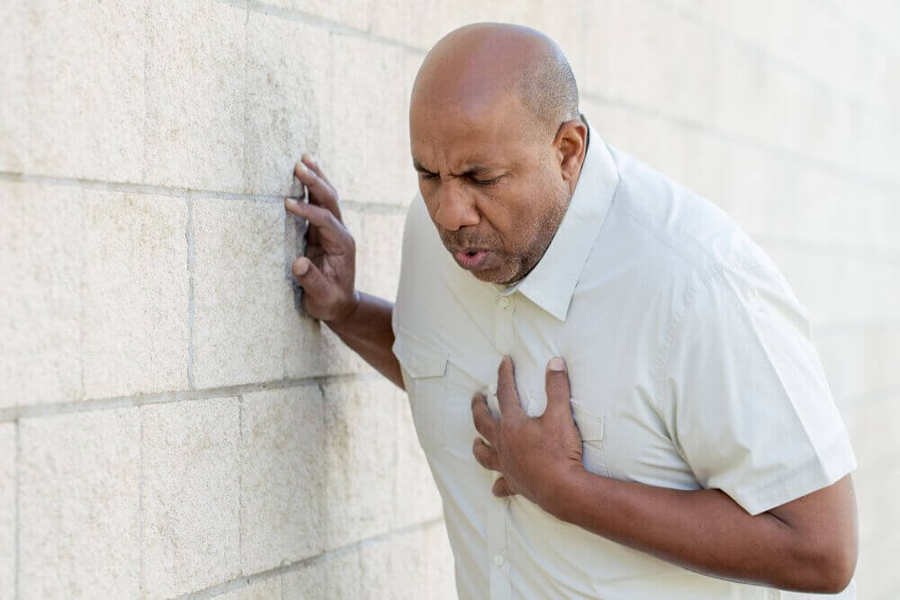 kalp krizi geçiren adam