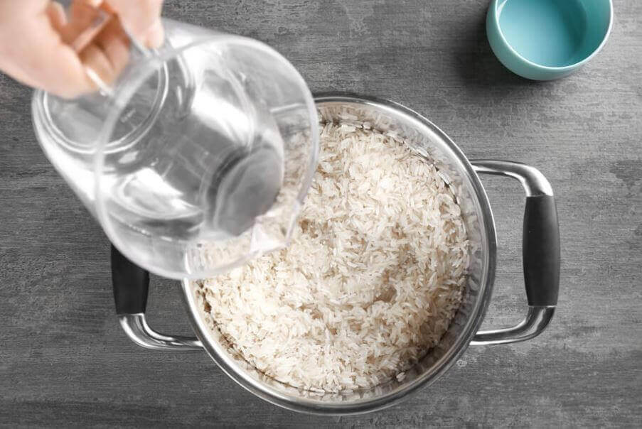 pilav pişirmek