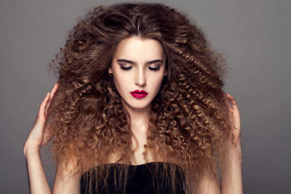doğal ve kıvırcık saç