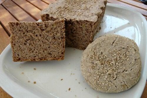 Karabuğday ile Kolay ve Lezzetli Glütensiz Ekmek