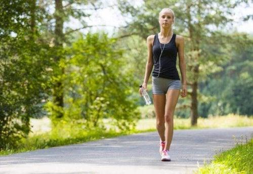 Her Gün Yürüyüş Yapmanın Müthiş Faydalarını Öğrenin