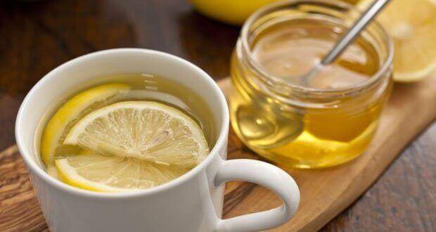 bardakta limonlu su