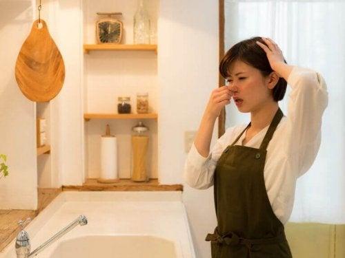 Mutfaktaki Kötü Kokulardan Kurtulmak İçin 10 Püf Nokta