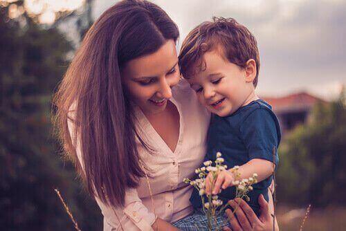 anne ve çocuk