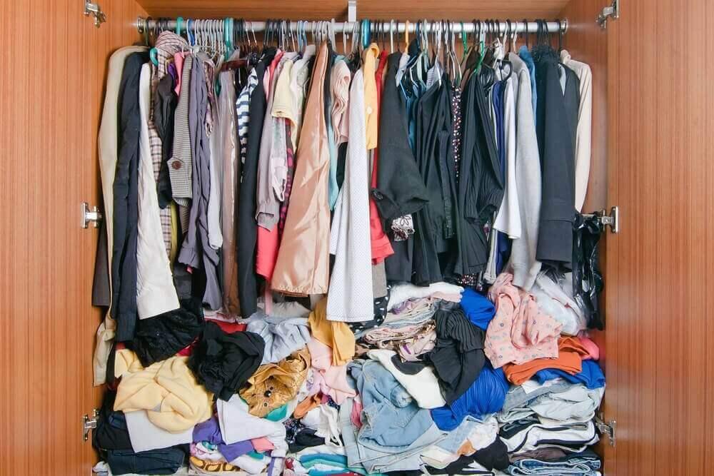 kıyafetleri düzenlemek