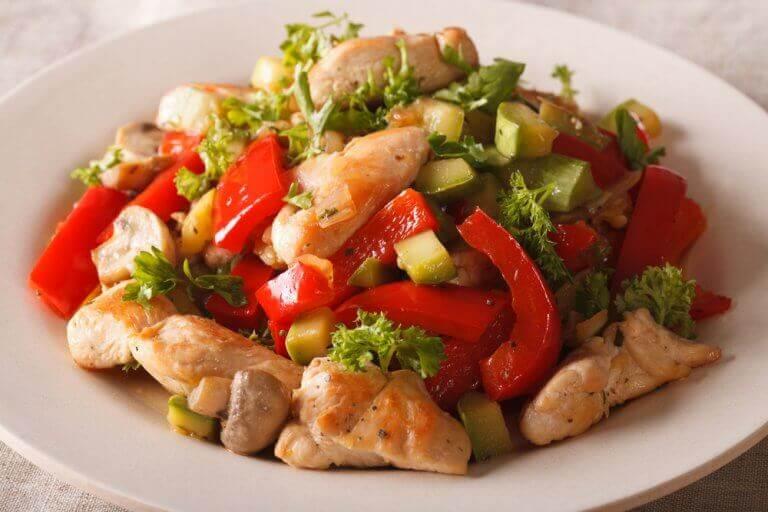 sebzeli tavuk yemeği