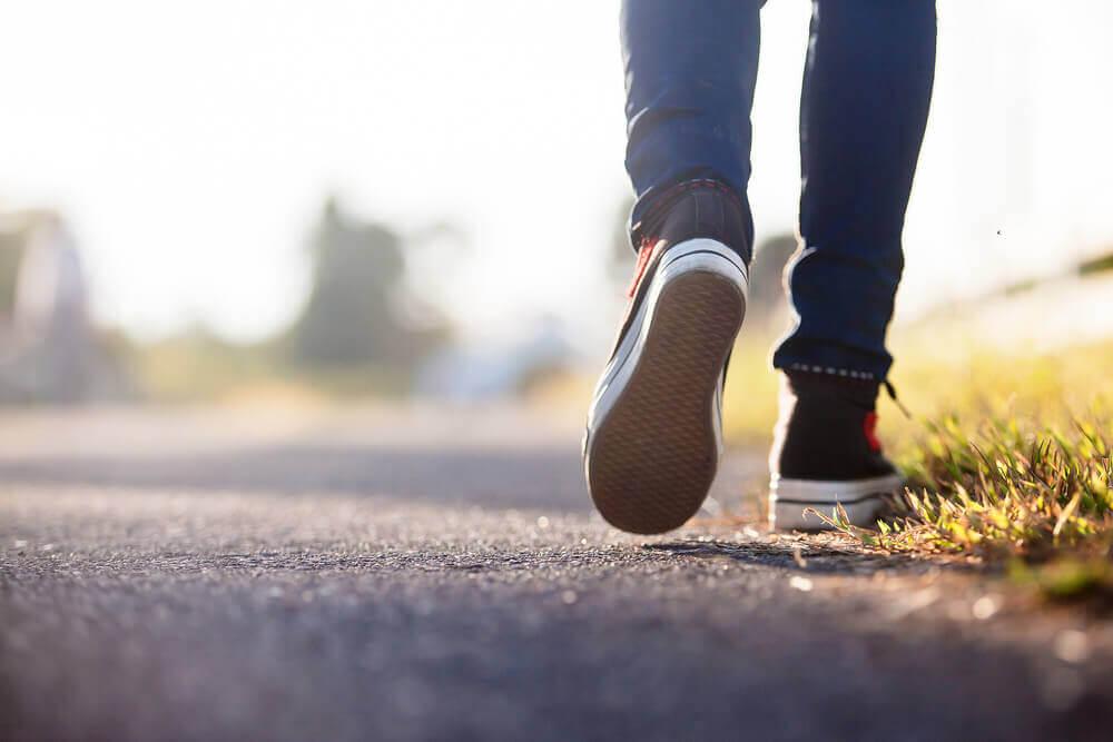 adım adım yürüyüş