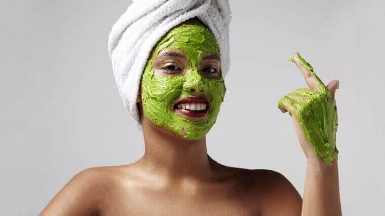 avokado ve muz maskesi