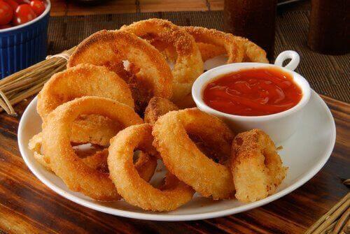 barbekü soslu soğan halkası