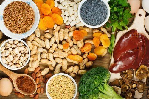 Demir Seviyenizi Yükseltmek İçin Yiyebileceğiniz Gıdalar